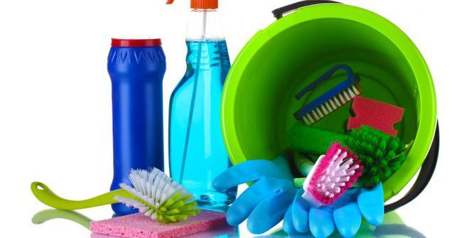 Produk Kebersihan Untuk Kamar Mandi