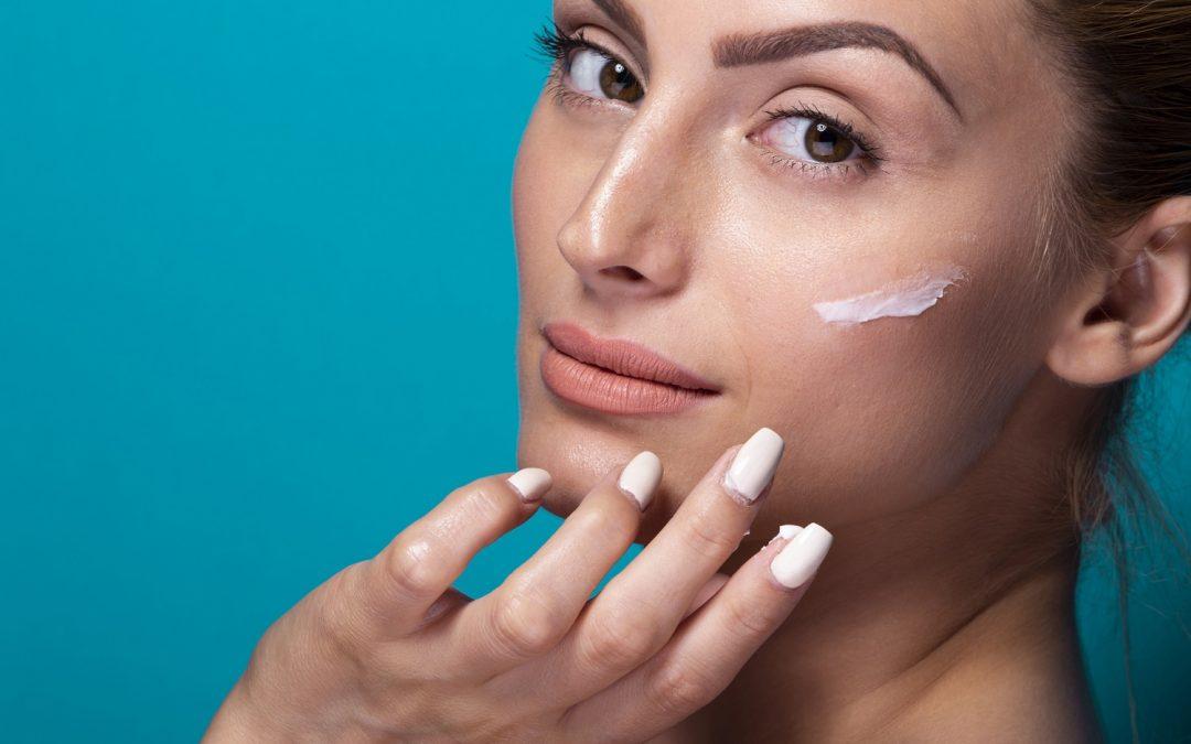 Perawatan yang baik untuk hidrasi pada kulit wajah